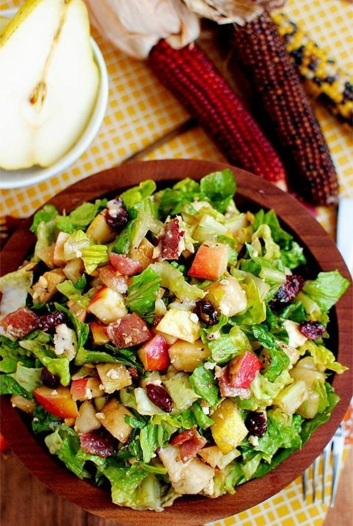 idee-excellente-recette-legere-pour-le-soir-salade-avec-fruits-et-legumes