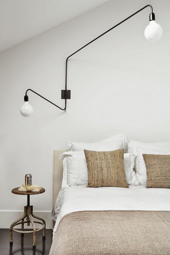 immobilier-espagne-bord-de-mer-blanc-clair-lit-lampe