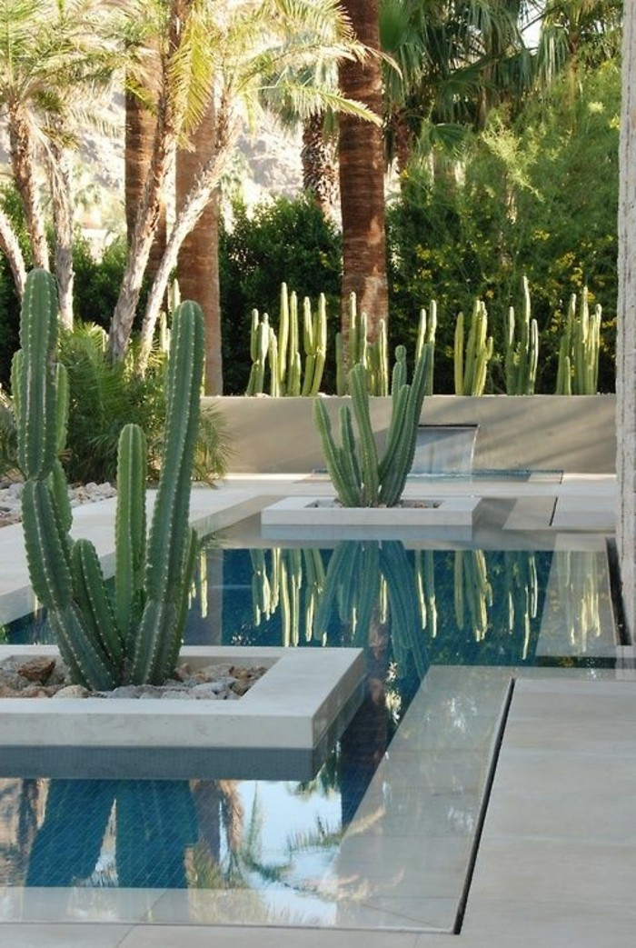 immobilier-espagne-bord-de-mer-cactus-sil-en-blan-moderne-style