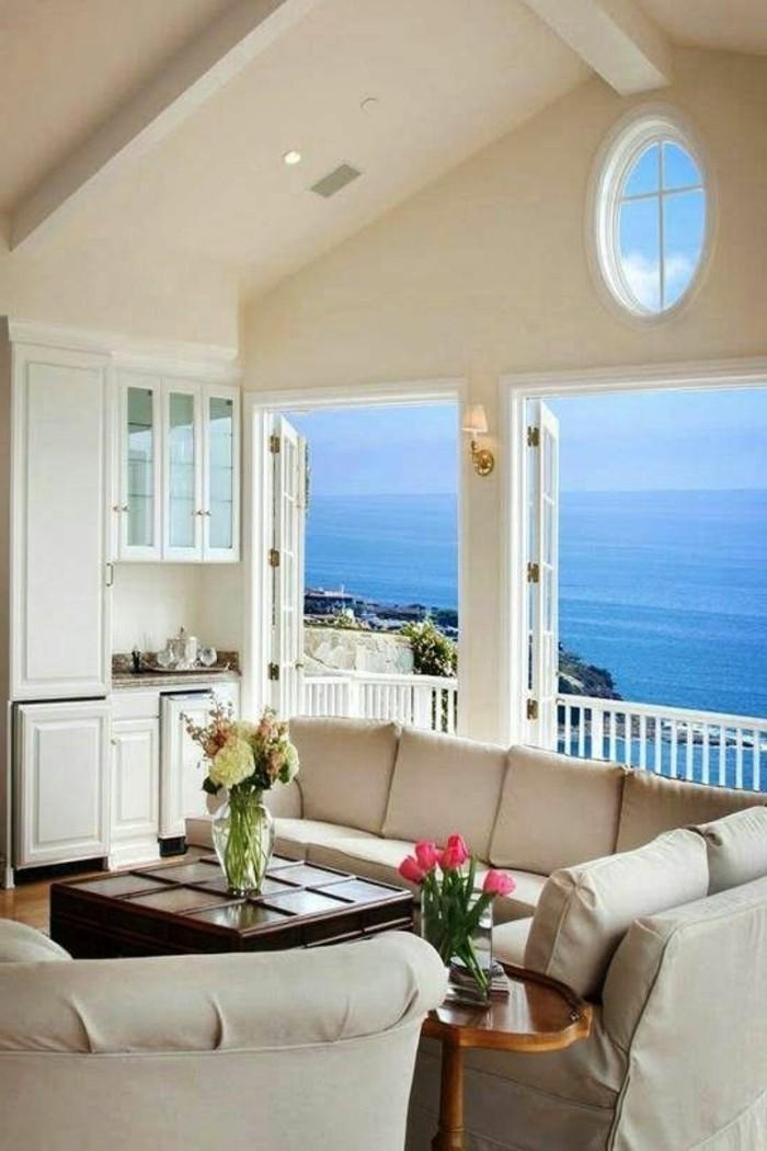immobilier-espagne-bord-de-mer-ciel-bleu-meubles