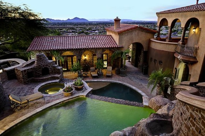 immobilier-espagne-bord-de-mer-grande-villa-piscine