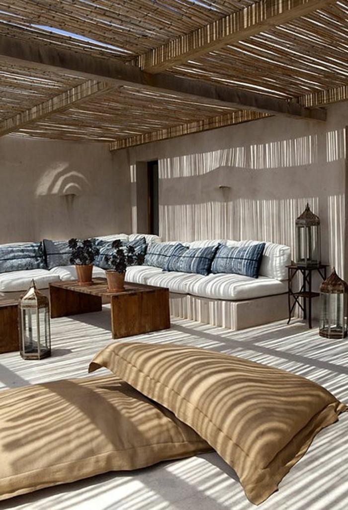 immobilier-espagne-bord-de-mer-meubles-commode-chic-clair