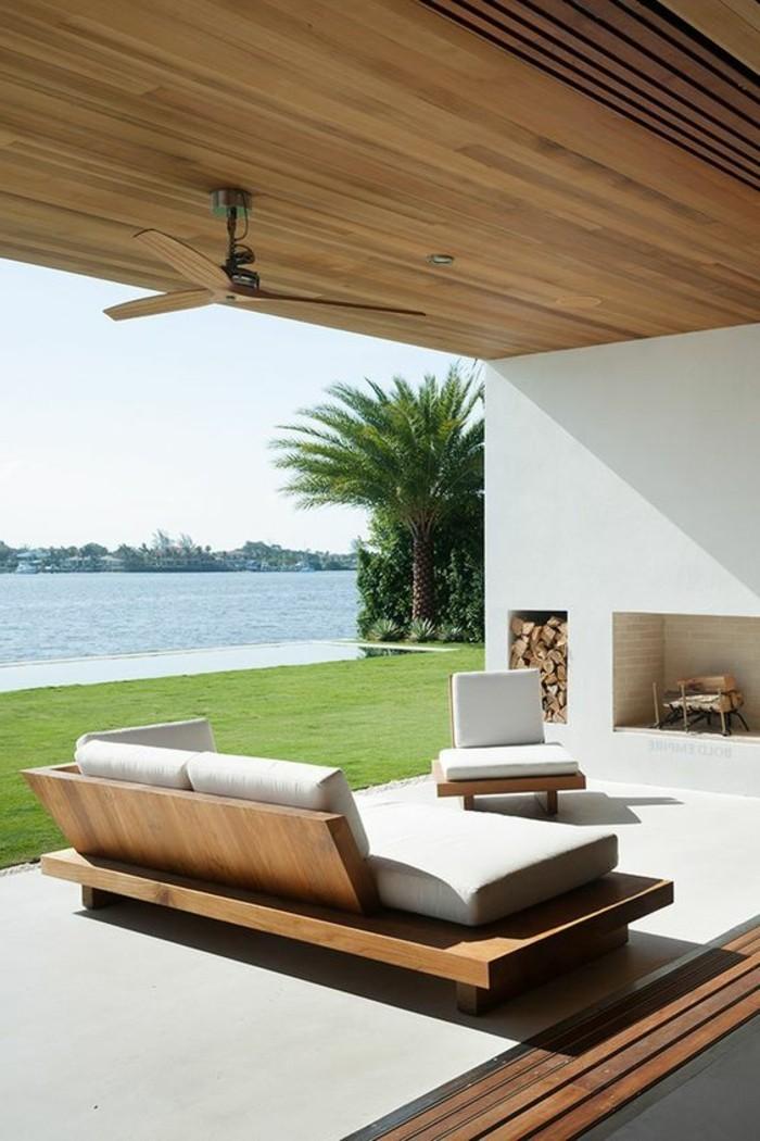 immobilier-espagne-bord-de-mer-meubles-dehor-vert