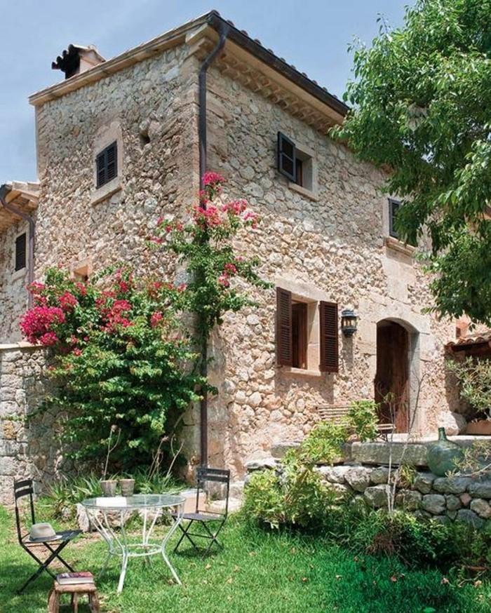 immobilier-espagne-bord-de-mer-pierre-maison-vert-fleur
