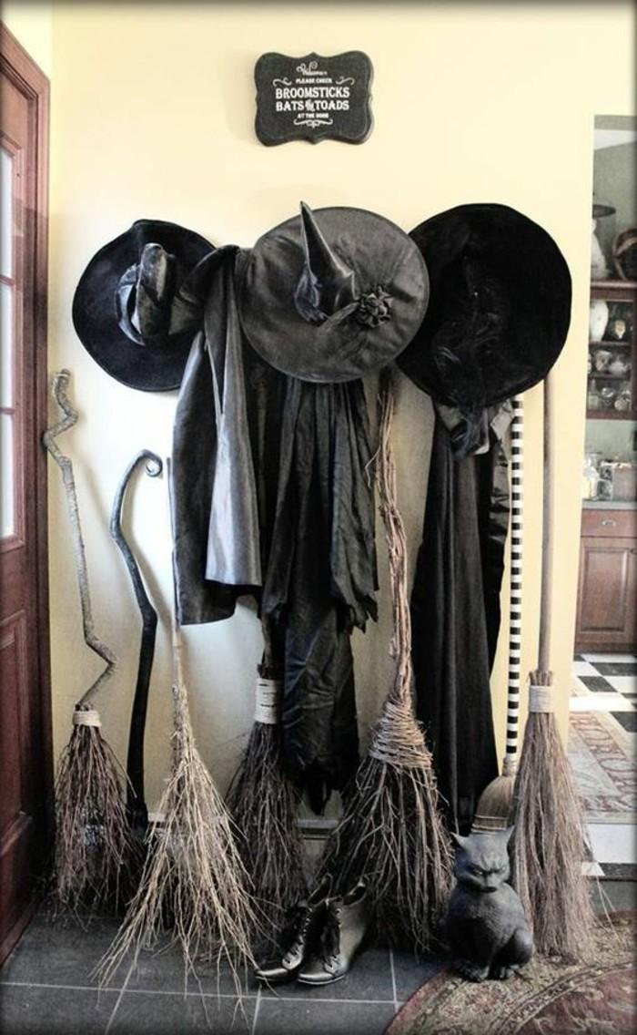 la-meilleure-idee-soiree-halloween-original-entree-station-sorciere-broom