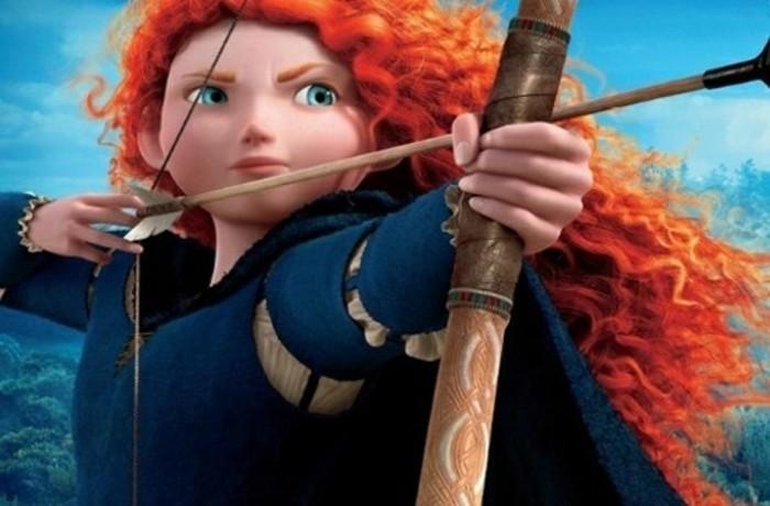 la-princesse-merida-de-disney-personnage-archer-connu-de-l-animation-rebelle-inspiration-pour-fabriquer-un-arc