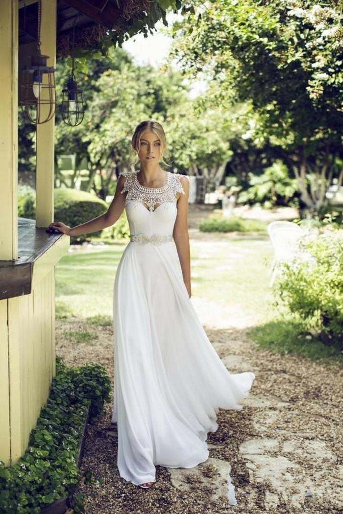 la-robe-de-mariee-simple-boheme-idee-mariage-belle-femme