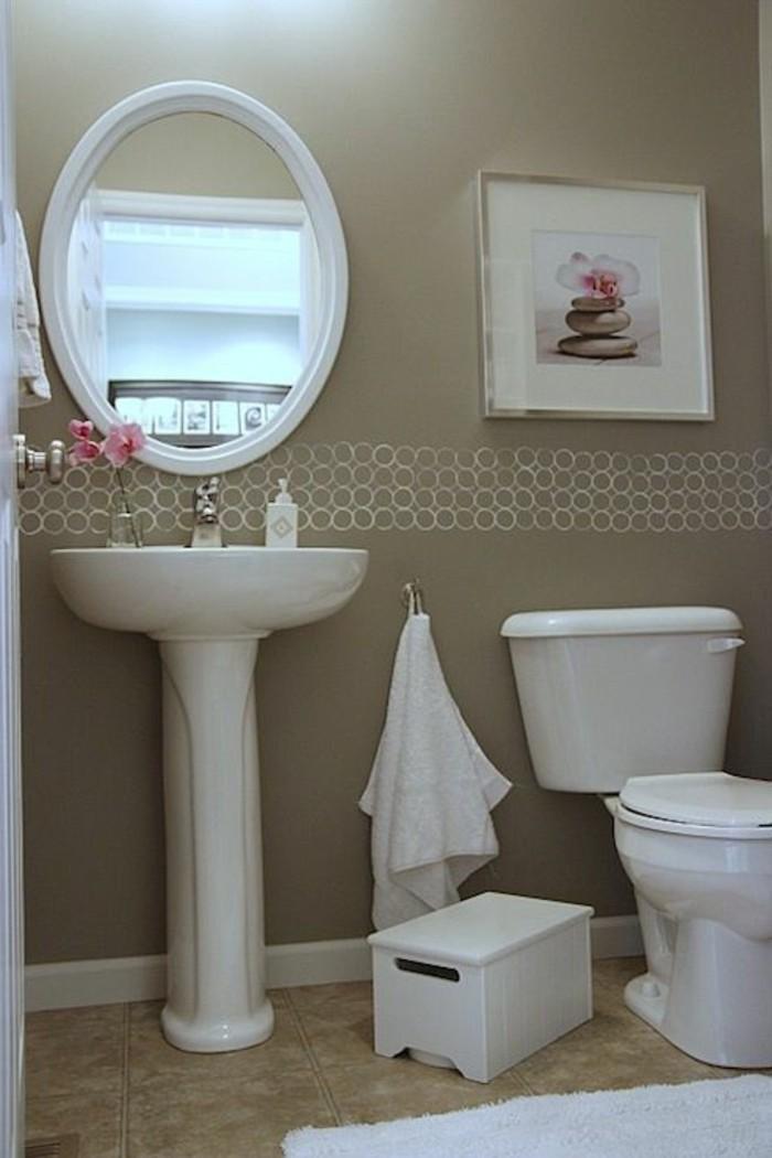 lavabo-colonne-miroir-ovale-equipement-petite-salle-de-bain
