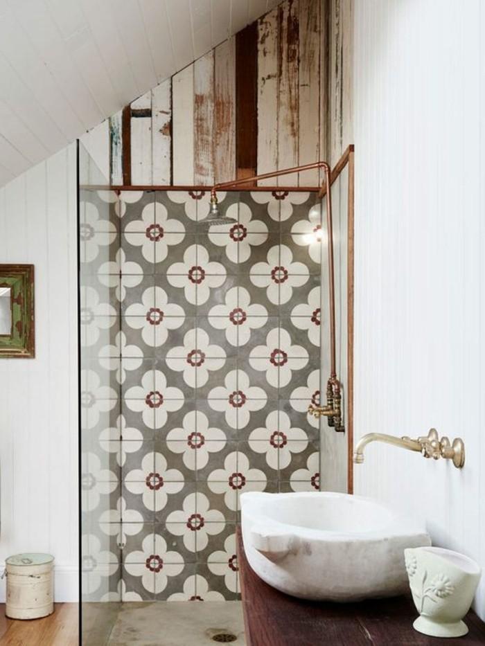 lavabo-en-pierre-carreaux-de-ciment-robinetterie-vintage