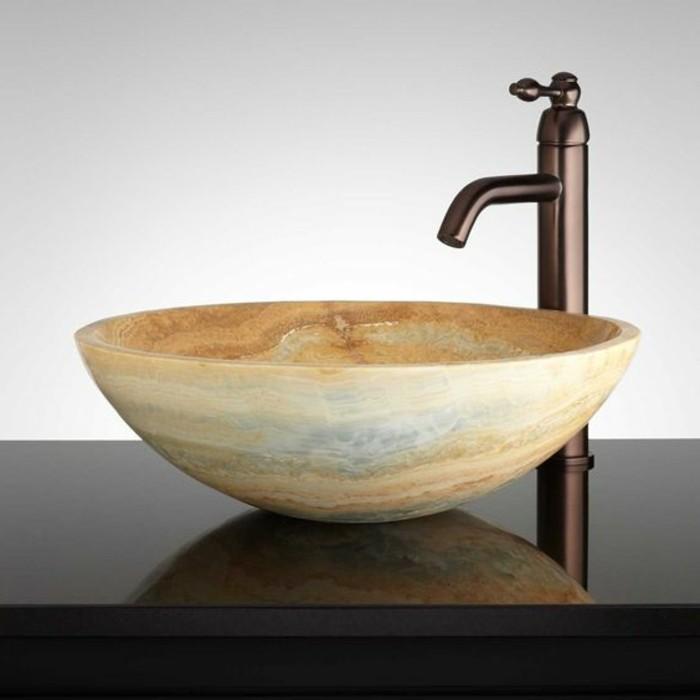 lavabo-en-pierre-design-rond-robinet-vintage