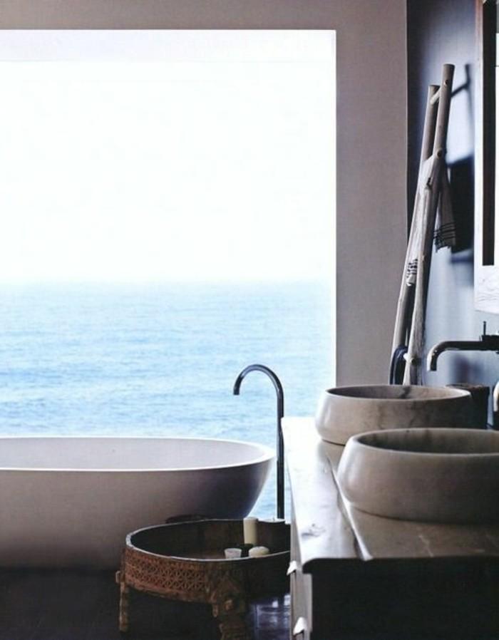 lavabo-en-pierre-double-lavabo-et-baignoire-ovale