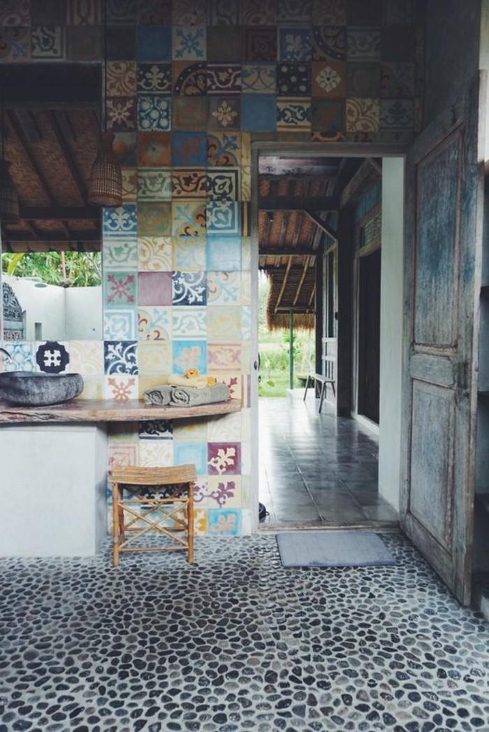 lavabo-en-pierre-interieur-mediterraneen