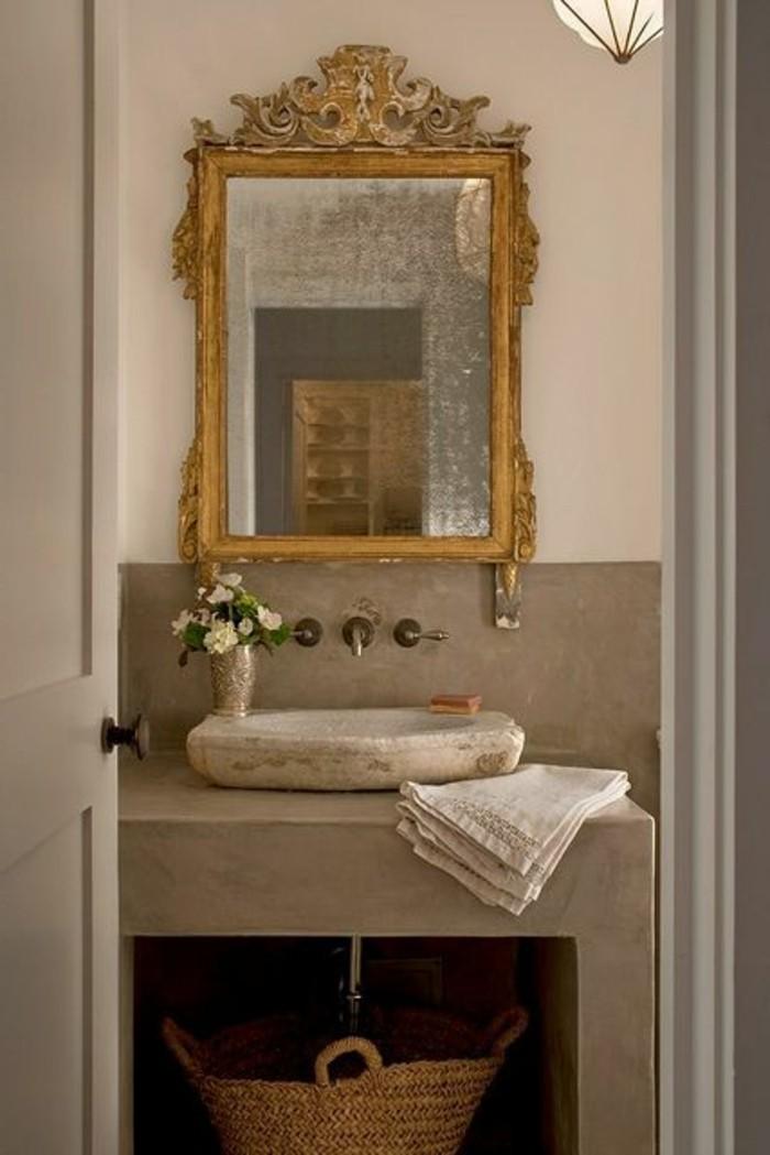 lavabo-en-pierre-lavabo-a-poser-miroir-baroque-ornemente