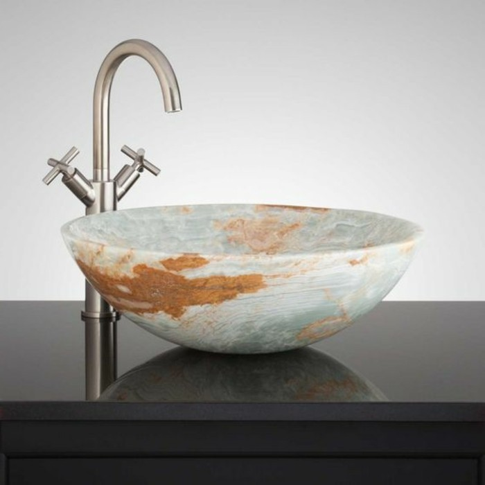 lavabo-en-pierre-vasque-a-poser-design-ovale
