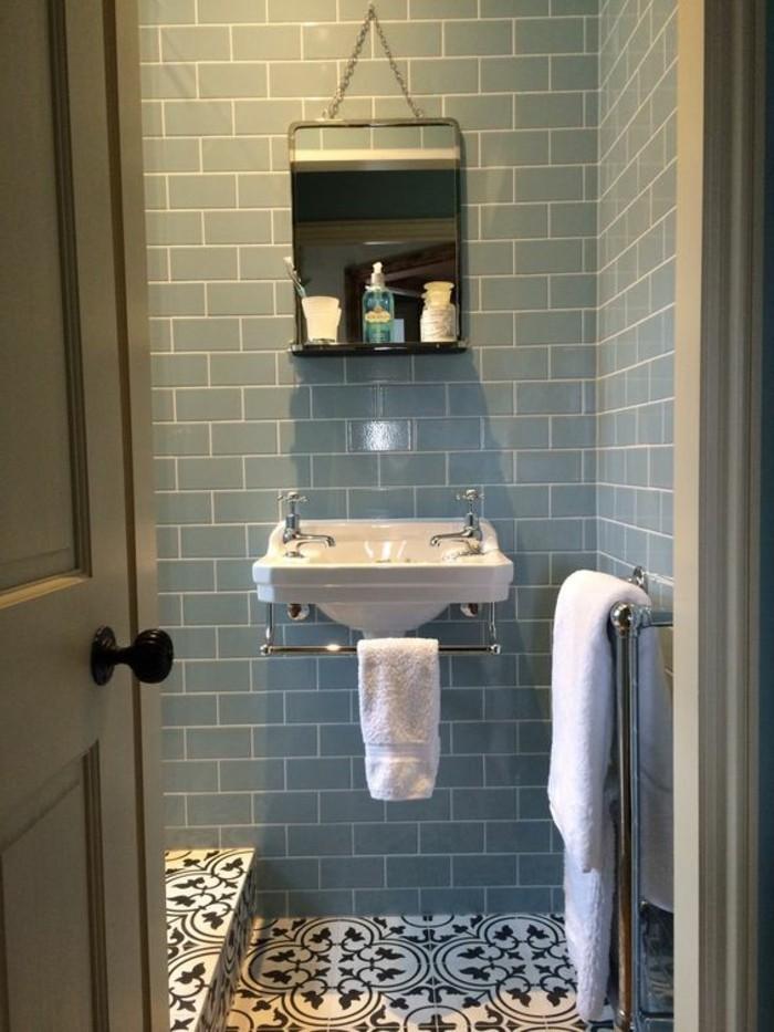 lavabo-retro-carreaux-bleus-lavabo-suspendu-salle-de-bain