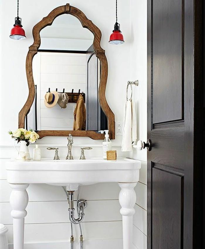 lavabo-retro-encadreent-miroir-dore-vasque-sur-pieds