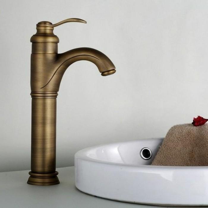 lavabo-retro-robinet-melangeur-finition-magnifique