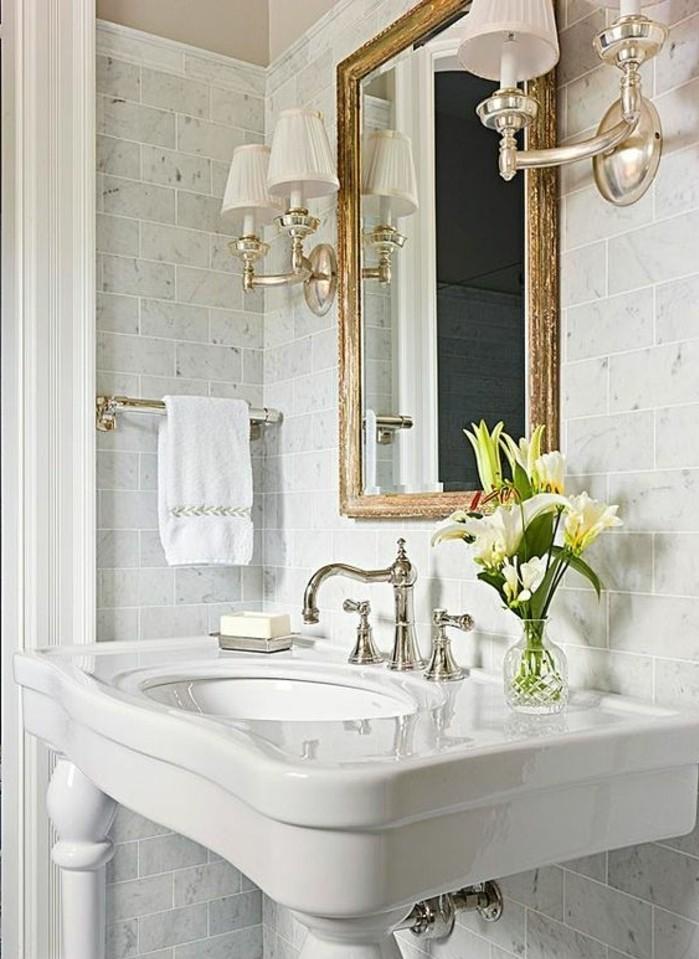 lavabo-retro-robinets-vintage-miroir-dore-lavabo-colonne