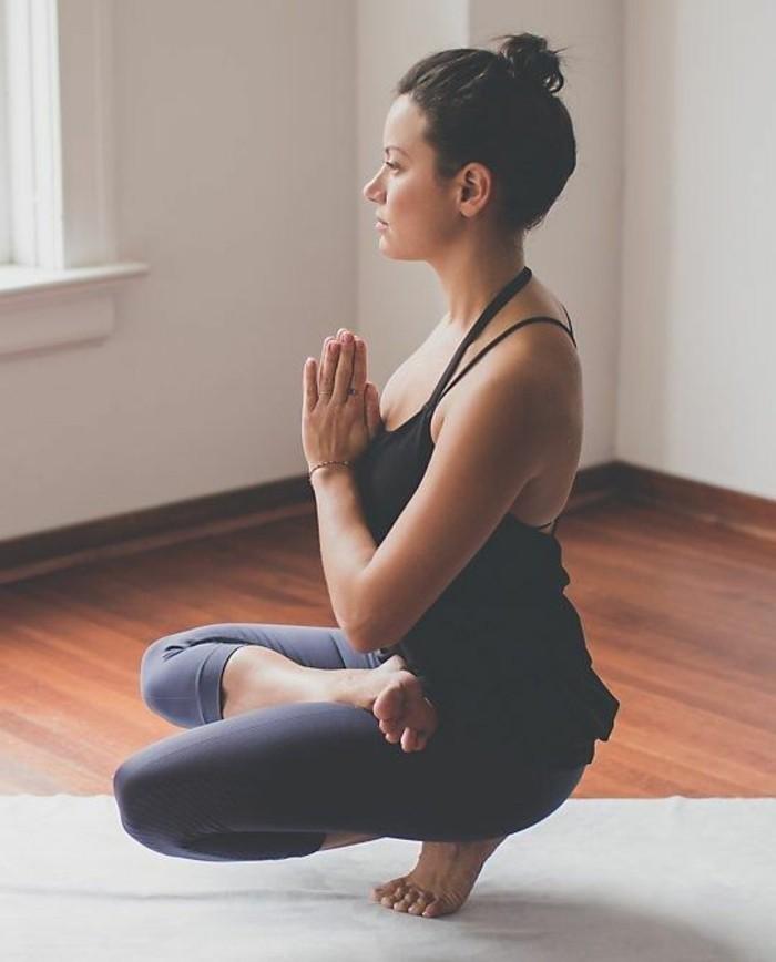 les-bienfaits-du-yoga-entraner-sa-force-et-son-equilibre