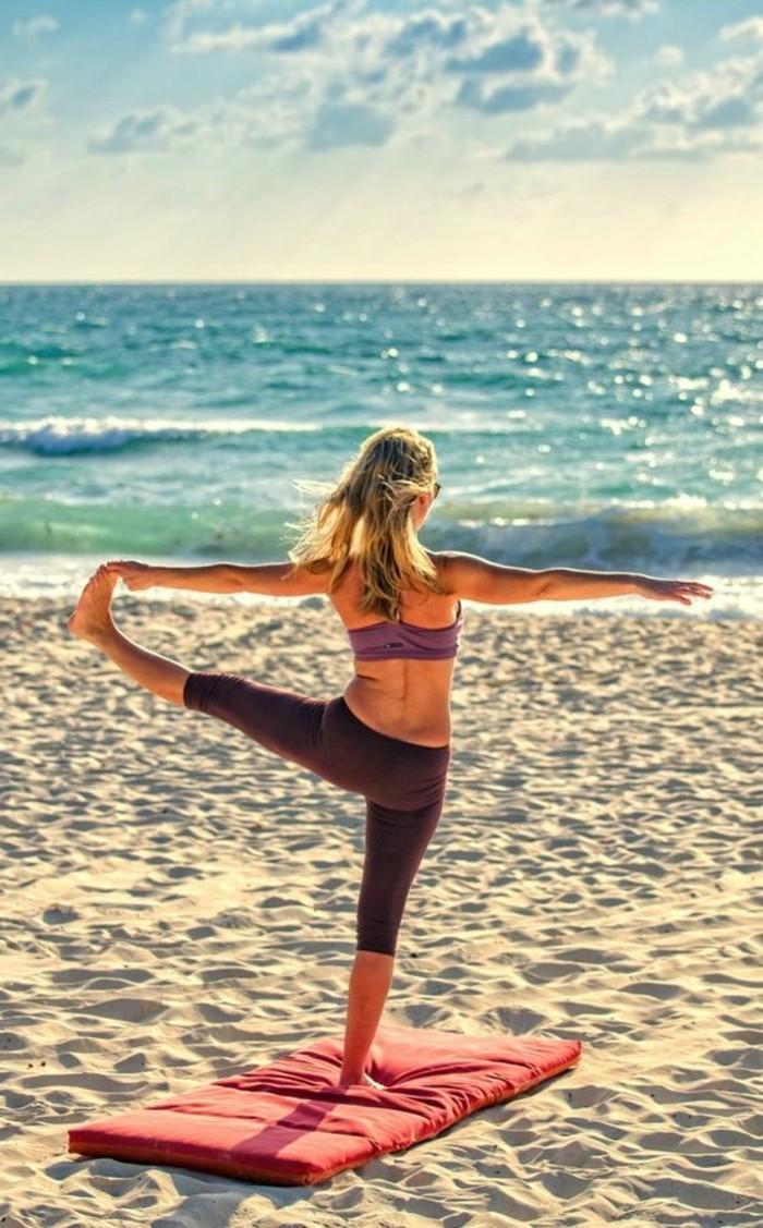 les-bienfaits-du-yoga-faire-le-streching-avec-yoga