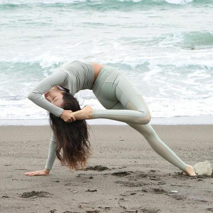 les-bienfaits-du-yoga-flexibilite-et-force-pratique-physique