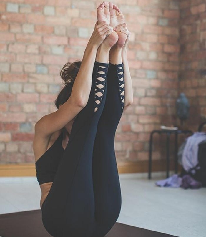 les-bienfaits-du-yoga-posture-qui-raffermit-le-ventre