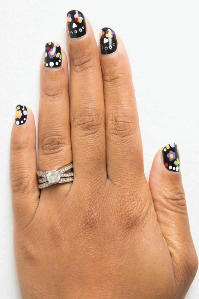 les-ongles-decores-modele-d-ongle-en-gel