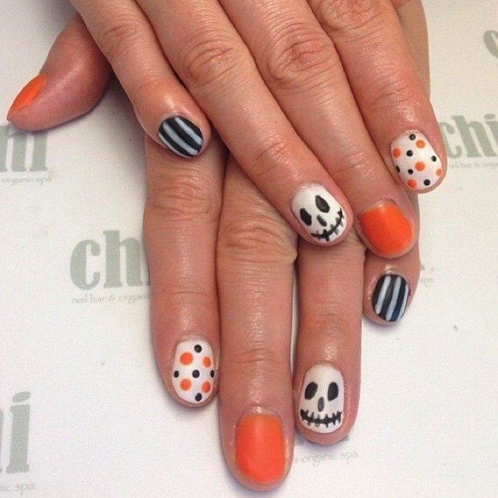 manucure-simple-idee-ongle-inspiration-orange-citrouille