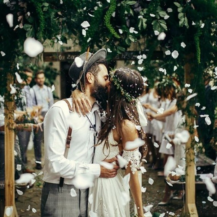 merveilleuse-robe-de-mariee-sur-mesure-elegance-hipster-mariage