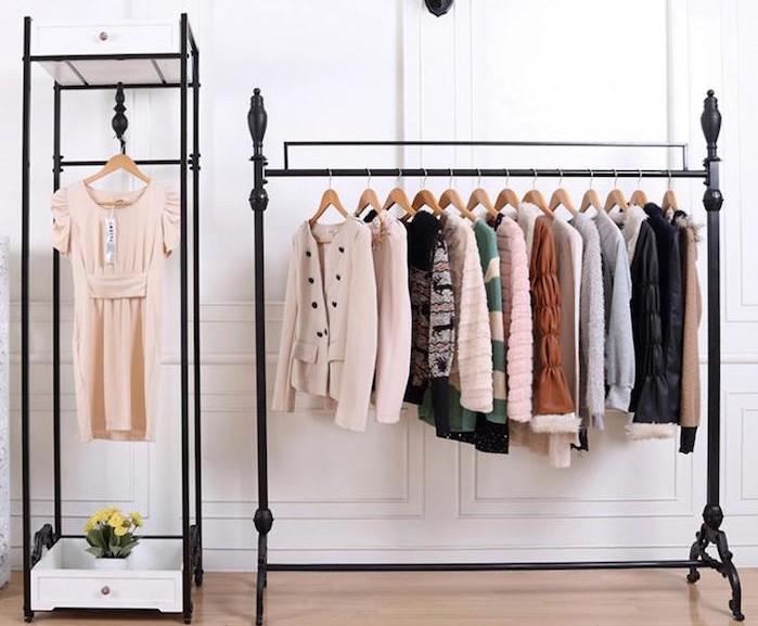 meuble-fer-dressing-vetement-deco-chambre-design-vintage-moderne