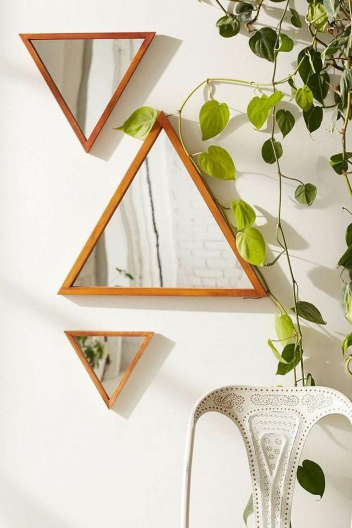 miroir-original-design-triangulaire-decorer-avec-miroirs-modernes