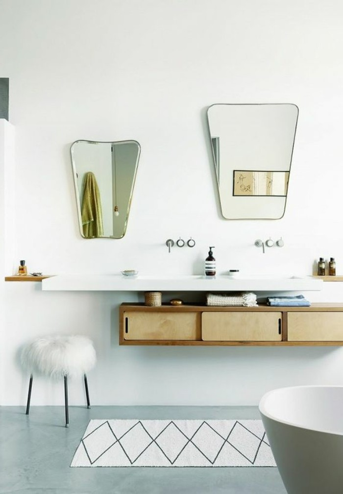 miroir-original-deux-miroirs-muraux-en-formes-originales