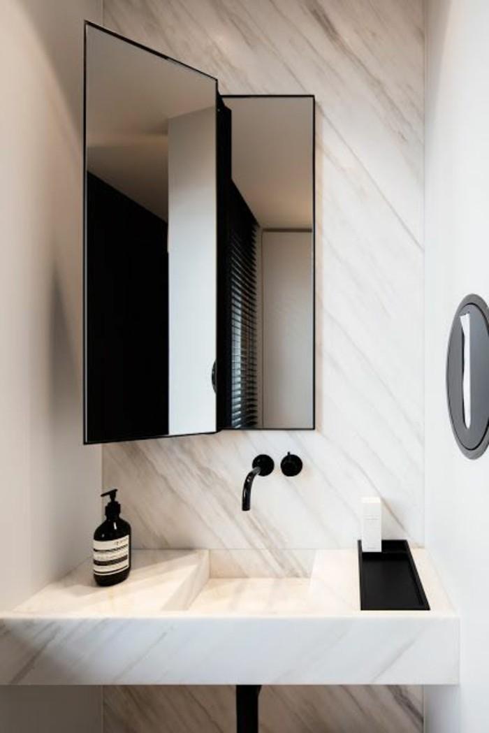 miroir-original-miroir-deux-volets-de-salle-de-bain