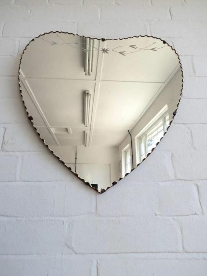 40 exemples de d coration avec un miroir original for Miroir en forme de fenetre