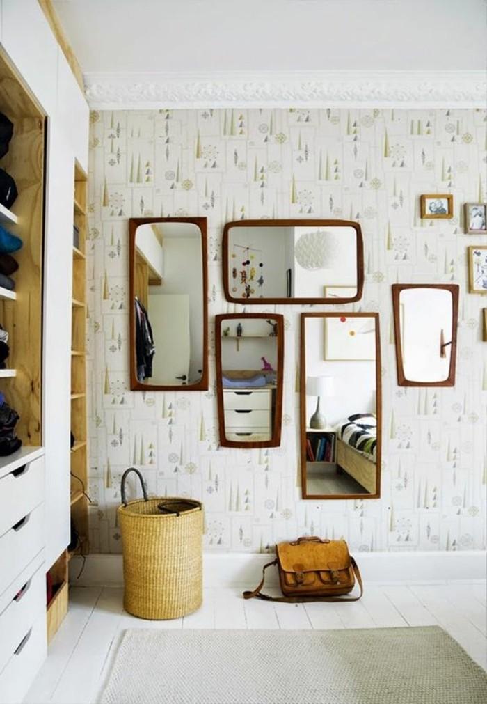 miroir-original-plusieurs-miroirs-decoratifs-miroirs-muraux