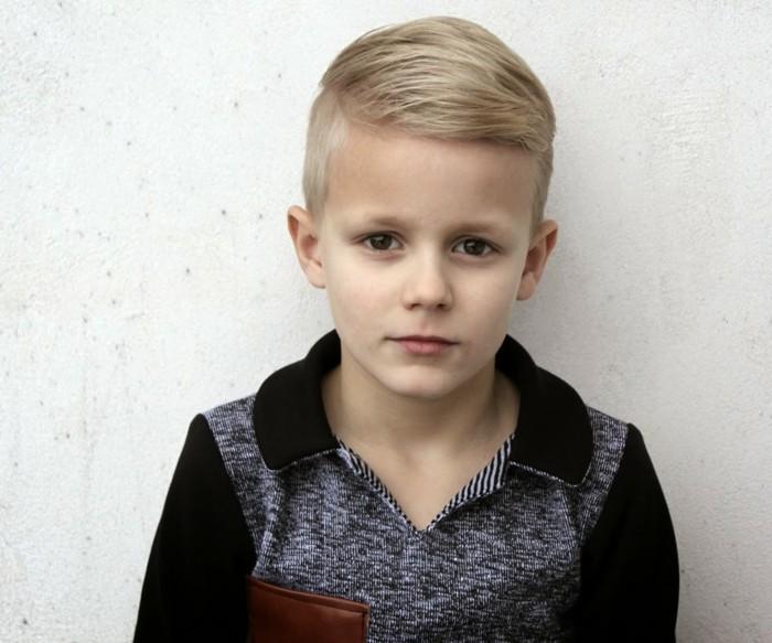 modele-coupe-de-cheveux-undercut-idee-tres-moderne-pour-un-petit-monsieur-qui-aime-le-style