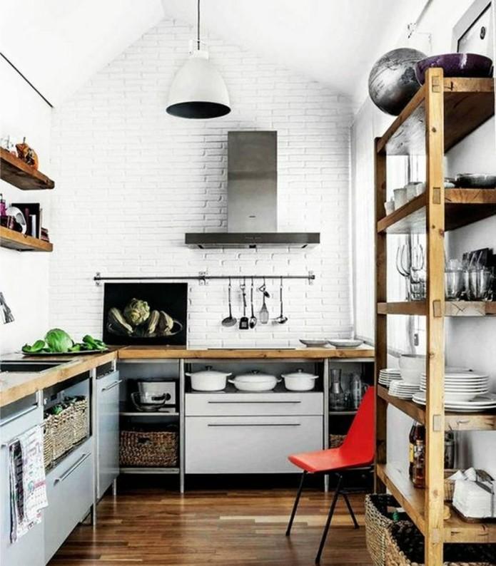 mur-en-briques-peinture-blanche-etageres-en-bois-look-rustique-meubles-cuisine-vintage-decor-magnifique