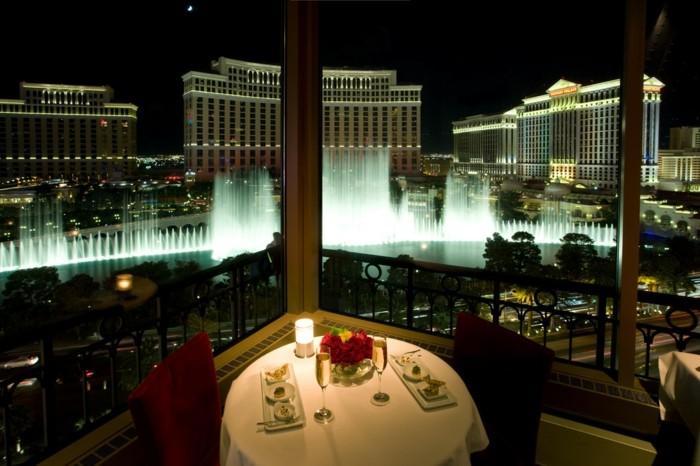 organiser-un-diner-romantique-repas-en-amoureux-facile-hotel