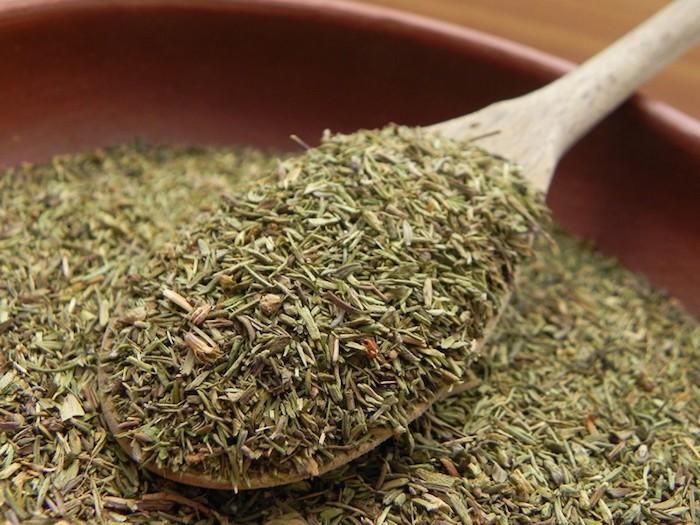 planter-du-thym-secher-aromatique-pepiniere-jardiniere-potager