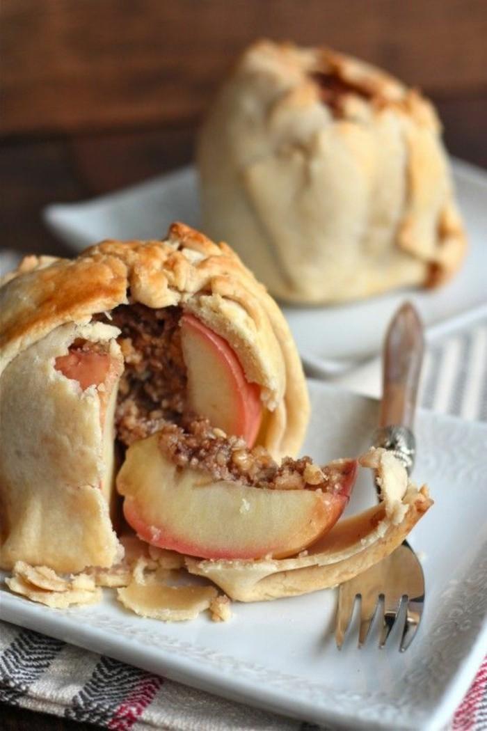 pommes-au-four-en-pate-avec-farce-de-noix-et-epices