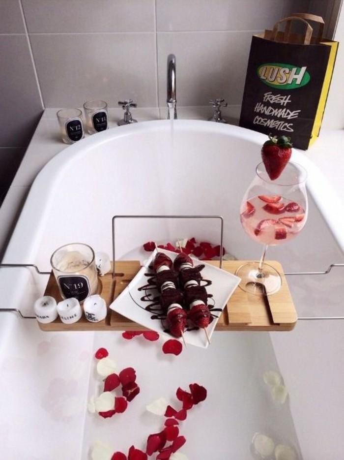 recette-diner-en-amoureux-idee-menu-anniversaire-salle-de-bain-cool-idee-baignoire