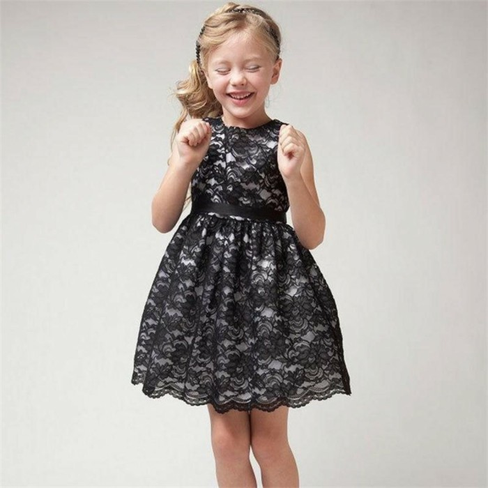 robe-de-fete-fille-ceremonieexpress-en-dentelle-noire-resized