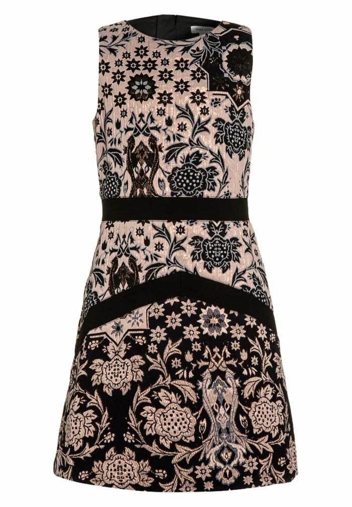 robe-de-fete-fille-zalando-en-rose-et-noir-resized