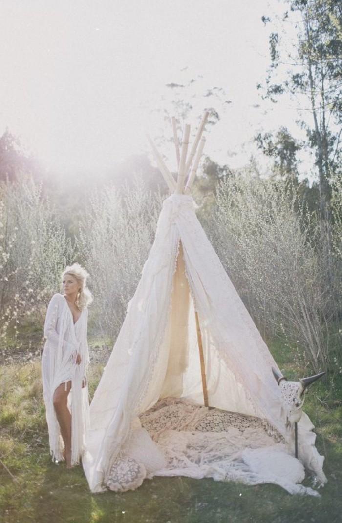 romantique-idee-deco-mariage-pas-cher-decoration-cool-tipi