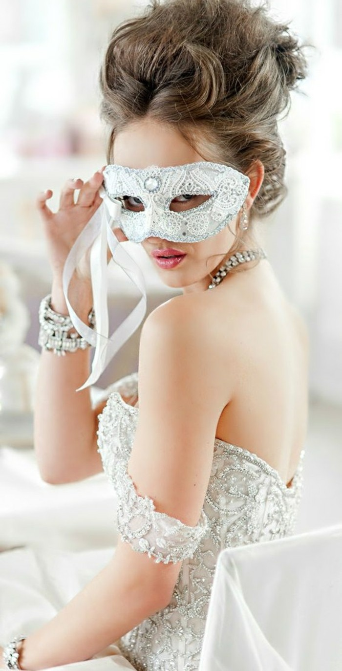 soiree-masquee-masque-de-bal-avec-masques-mariage