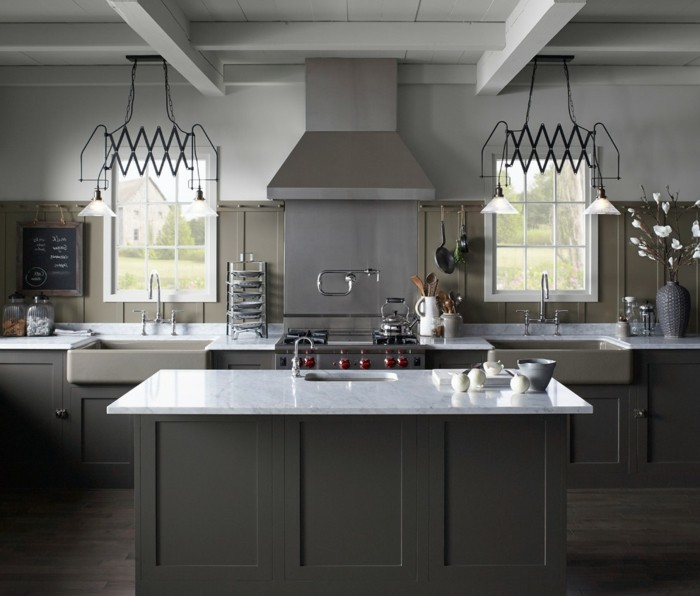 suggestion-tres-chic-cuisine-taupe-combinaison-avec-des-elements-gris-ambiance-naturelle-paisible