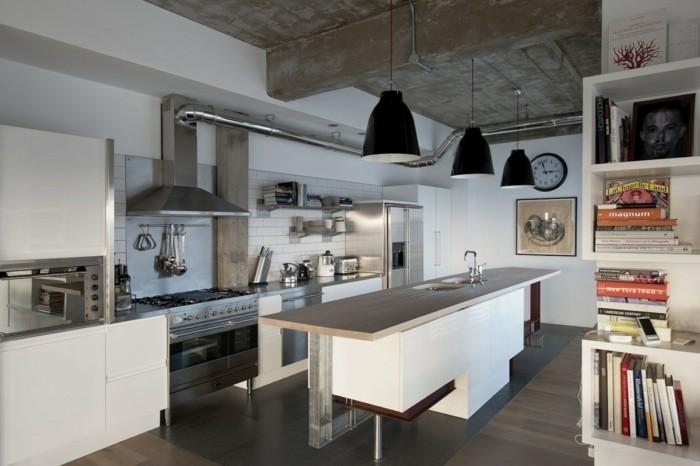 super-exemple-de-cuisine-industrielle-planfond-en-bois-suspensions-industrielles-aspirateur-industriel-deco-industrielle-elegante