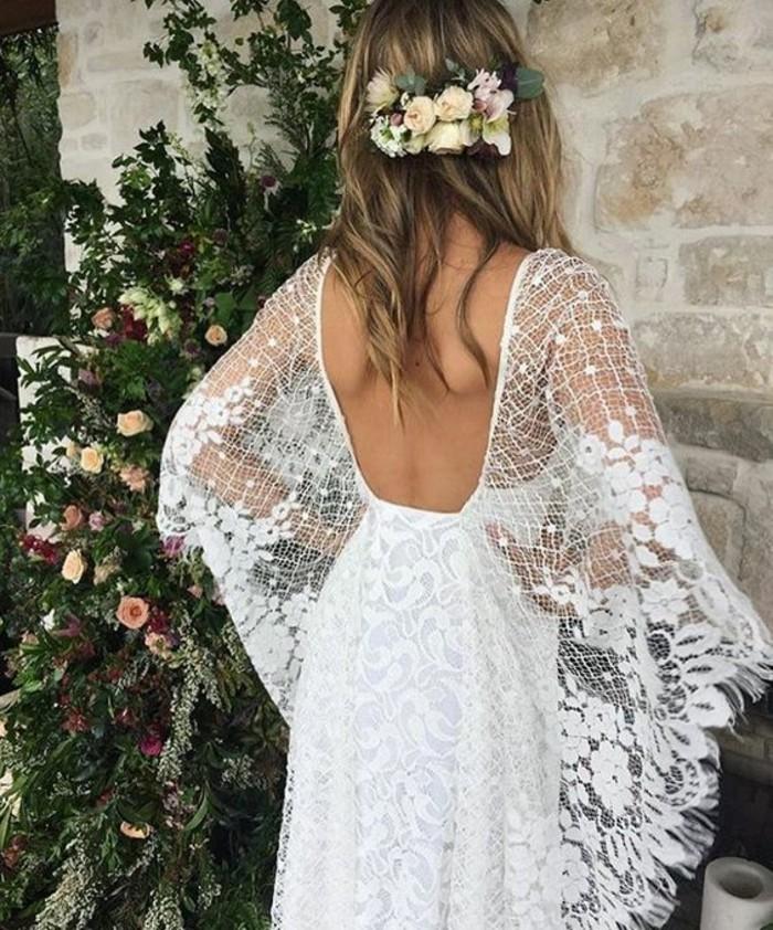 superbe-robe-de-mariee-magnifique-idee-modele-fluide