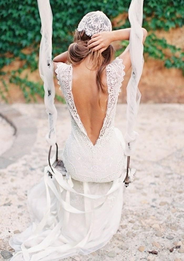 superbe-robe-idee-tenue-robe-de-mariee-simple-modele-a-choisir