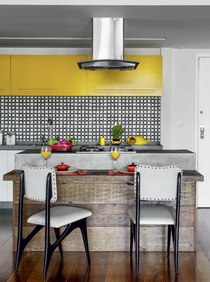 tabourets-de-bar-style-contemporaine-jaune
